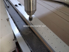 New design CNC router for drilling holes on aluminium