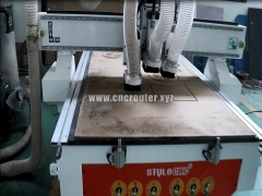 Multi head CNC router for wood door with three spindles