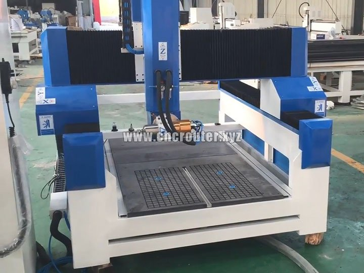 STM8080 4 Axis CNC router machine adopts ATC system