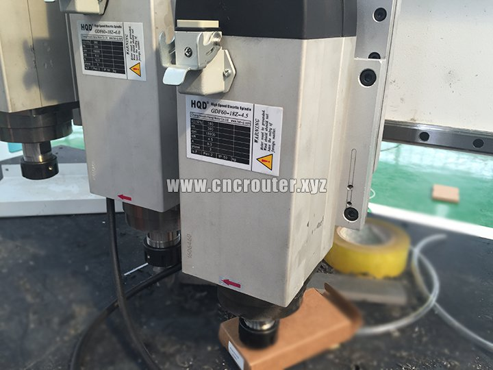 Three spindles for automatic tool changer CNC router