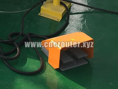 pedal control button for automatic loading cnc router