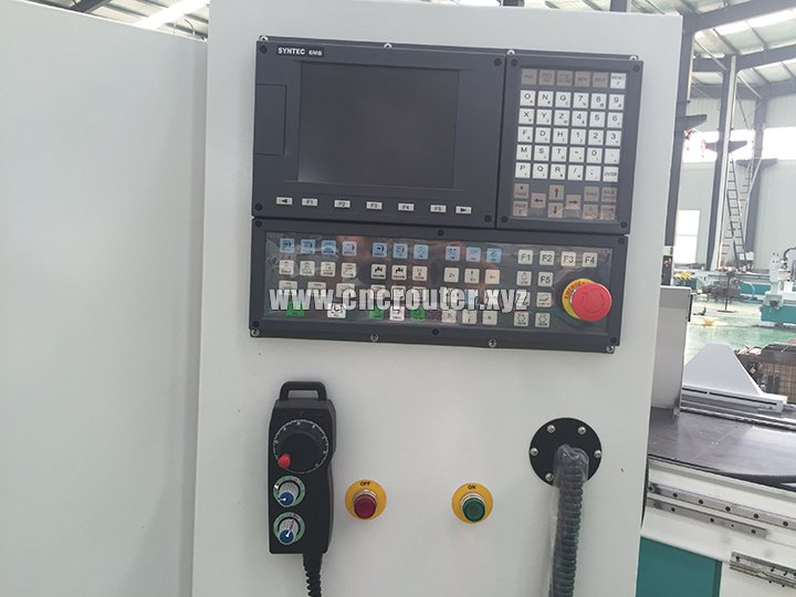 Taiwan Syntec control system for door cnc router