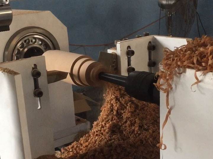 CNC Wood Lathe and Turning Machine for pillars