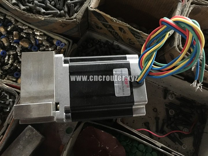 driver and motor of cnc wood lathe