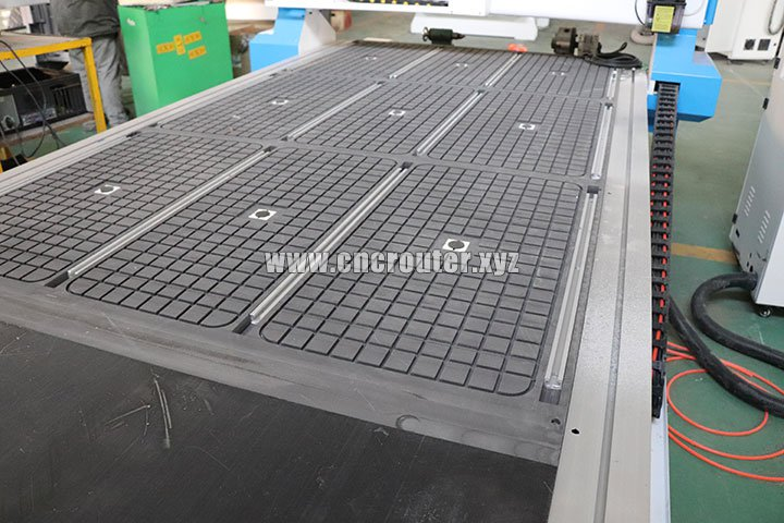 Vacuum and T-slot table